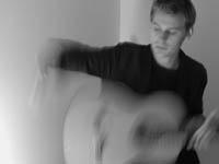 Justin Quinn, guitarist in Stroman/Jönsson Project