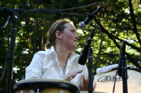 Lisbeth Diers - percussion i Triple Bass Fantasy, Cenlistho, Pepeli och Relay Orchestra.
