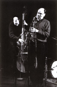 Hans Andersson, bass and Cennet Jönsson, sax in Double Standards Photo: Ninja Agborn